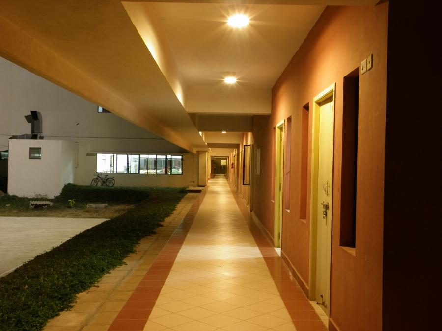 File:Chennai Mathematical Institute hostel main corridor at...