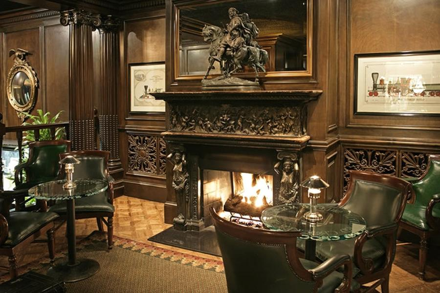 Luxury Hospitality Interior Design with Cozy Fireplace of Big 4...