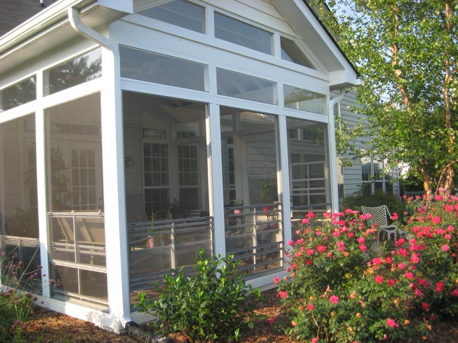 Photo porch screen for Retractable screen porch systems