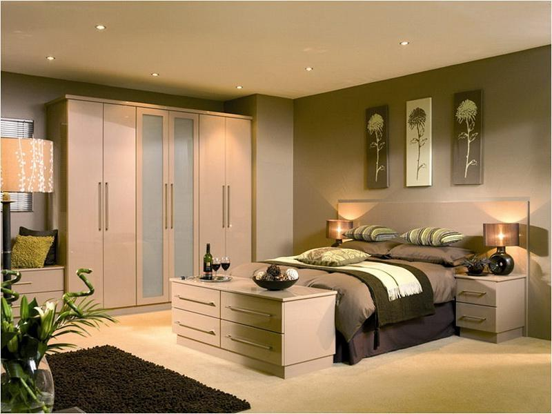 Neat And Nice Scheme For Luxurious Bedroom Decoration Pictures