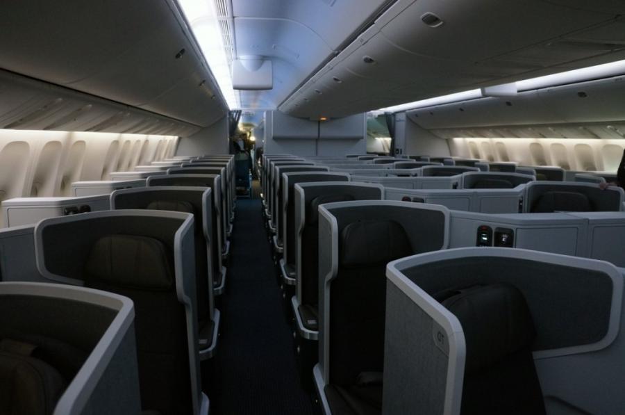 Boeing 777 200 Interior Photos