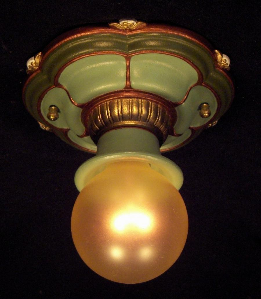 Lightolier 1 Bulb Light Fixture