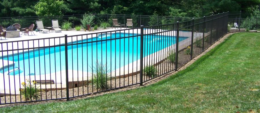 Pool Fence Photos