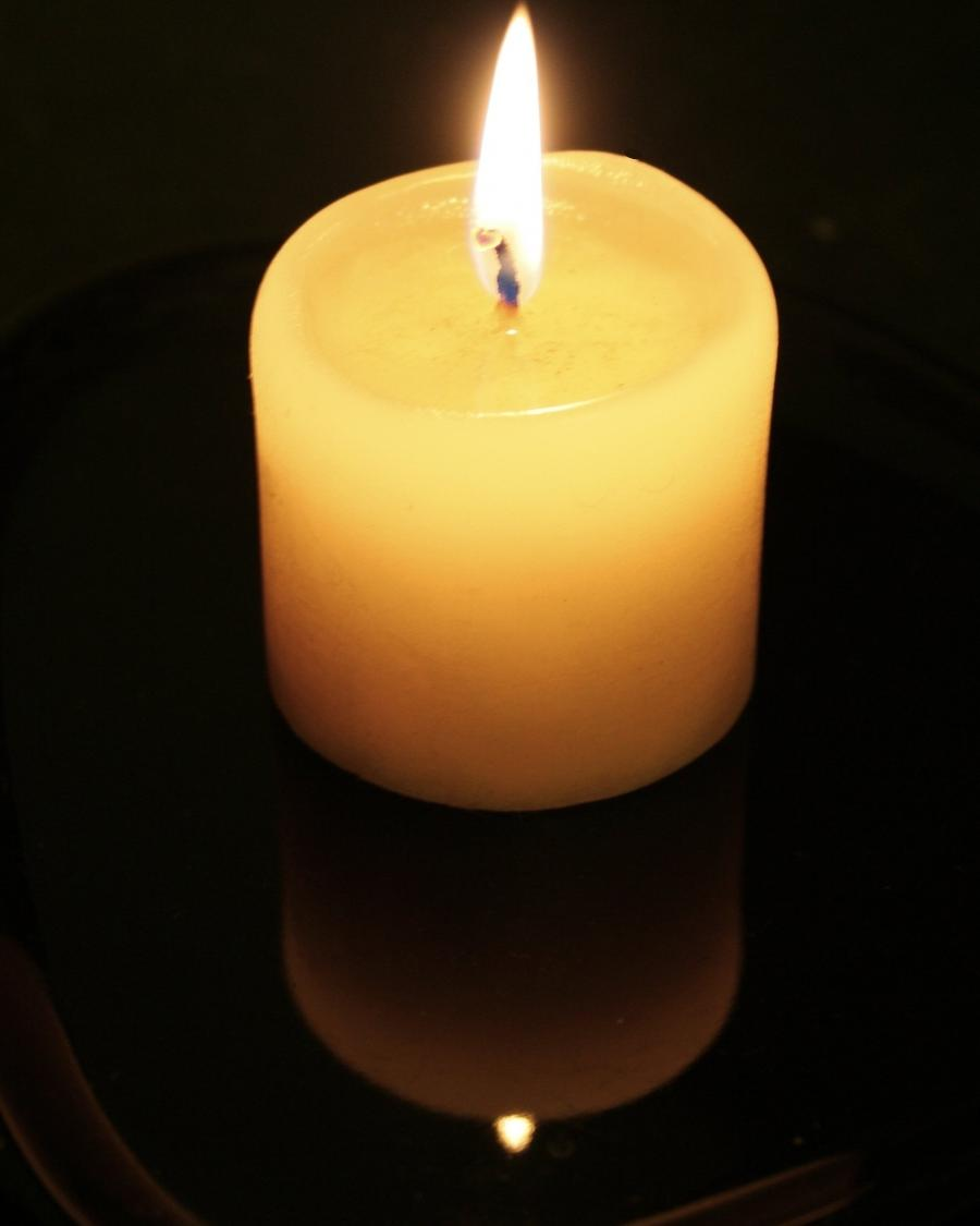 File:Candle-flame-and-reflection.jpg