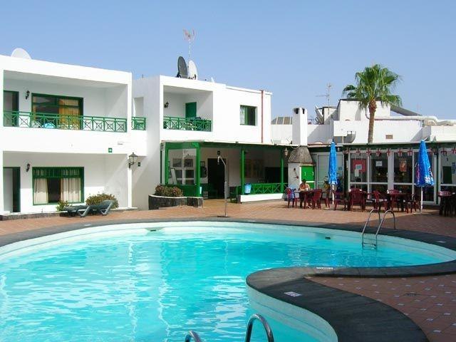 San francisco apartments puerto del carmen photos - Cheap hotels lanzarote puerto del carmen ...