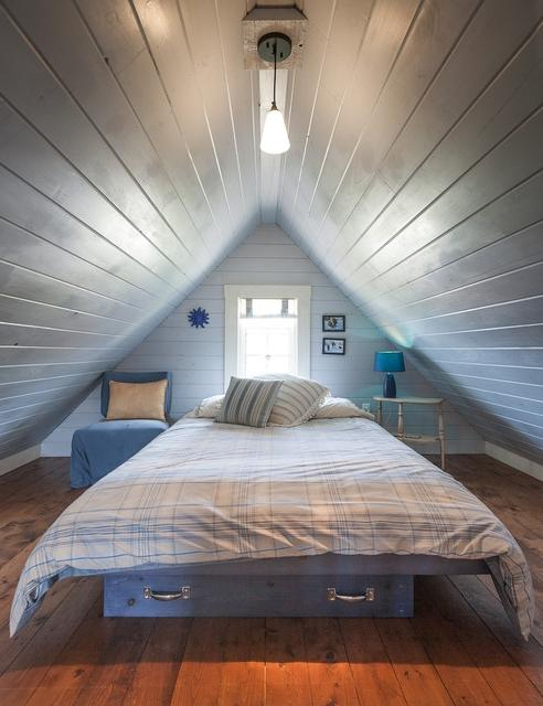 Unique And Exciting Attic Multifunctional Design Ideas With...