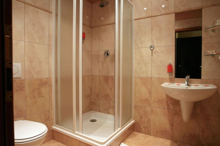... Elegant Amazing And Comfortable Hotel Bathroom Design Ideas...