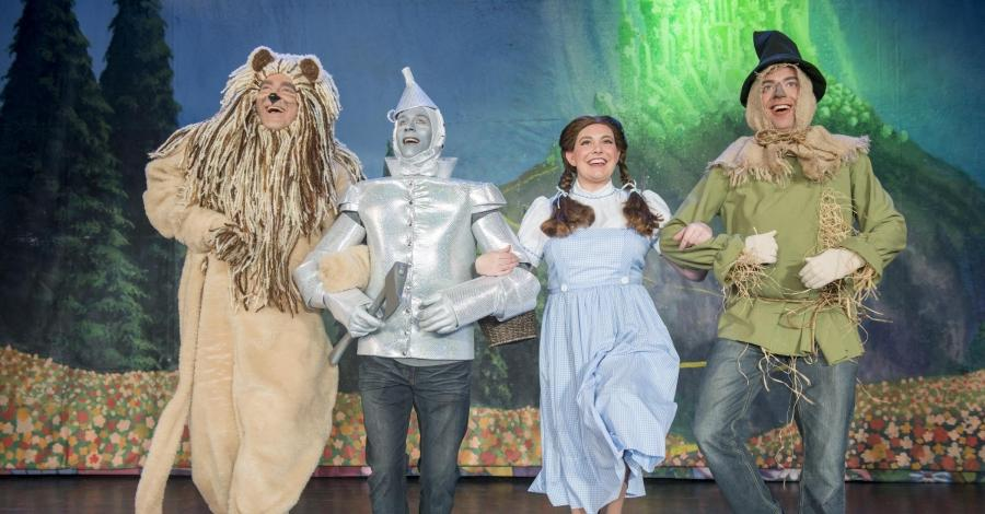 Wizard of oz behind the curtain photo