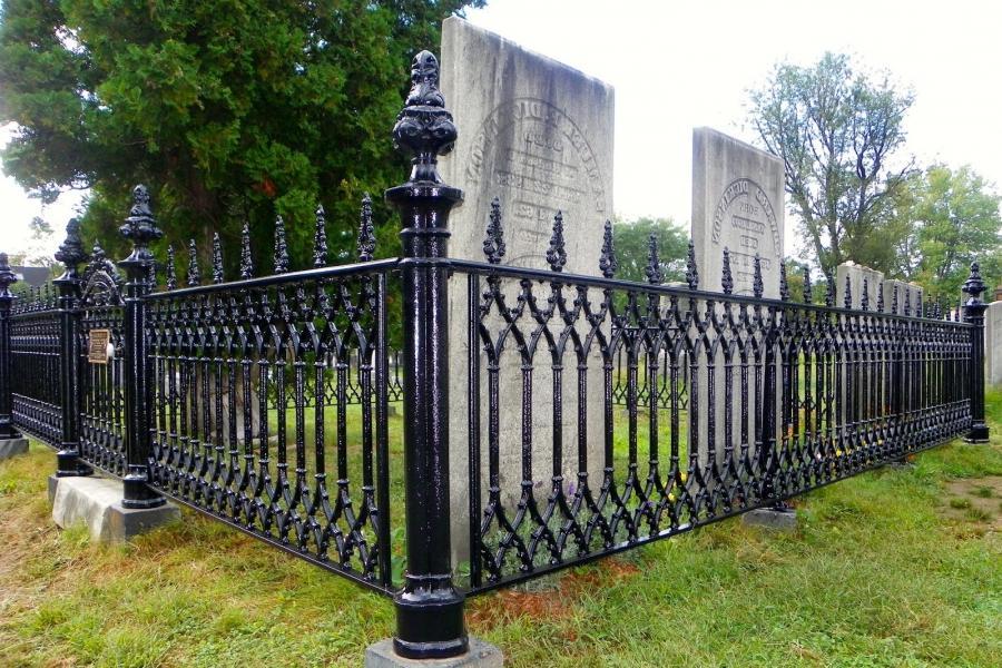 Historic Wrought Iron Fence Photos