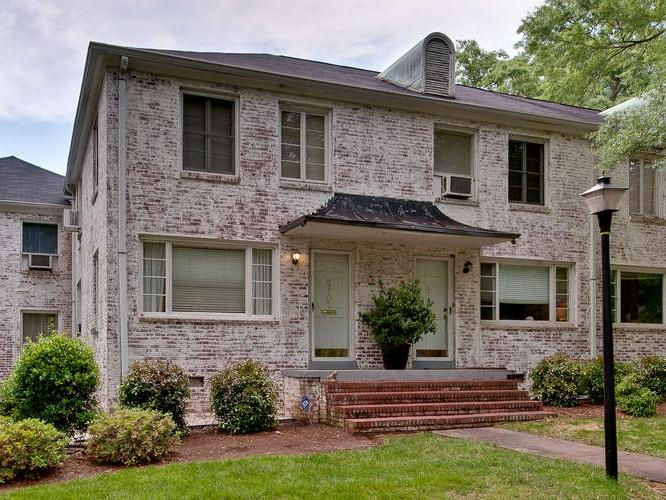 Photos of whitewash brick exterior - Exterior house washing charlotte ...