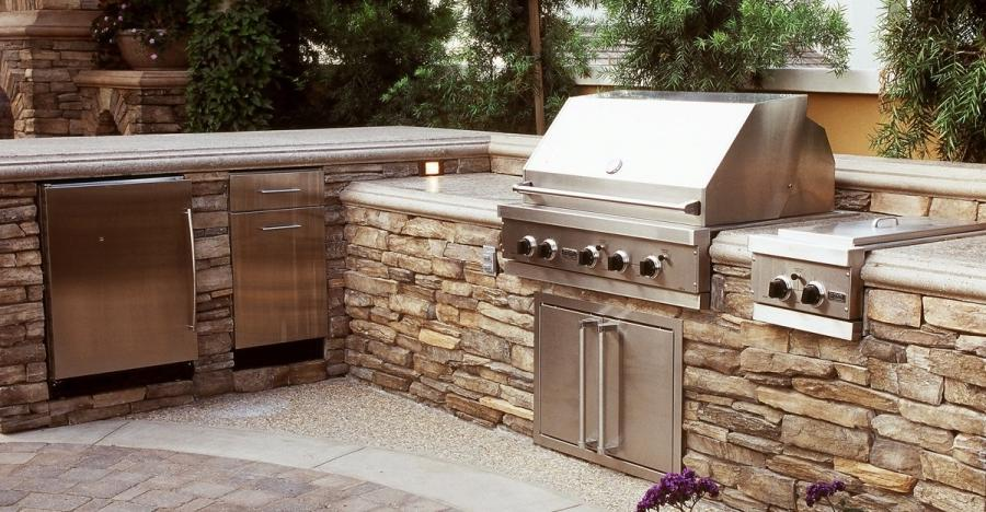 L Shaped, Split Level Outdoor Kitchens The Green Scene...