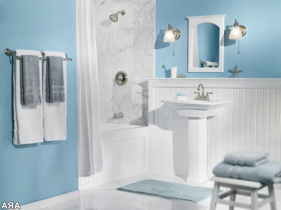 Blue bathroom designs photos for Light blue bathroom decor