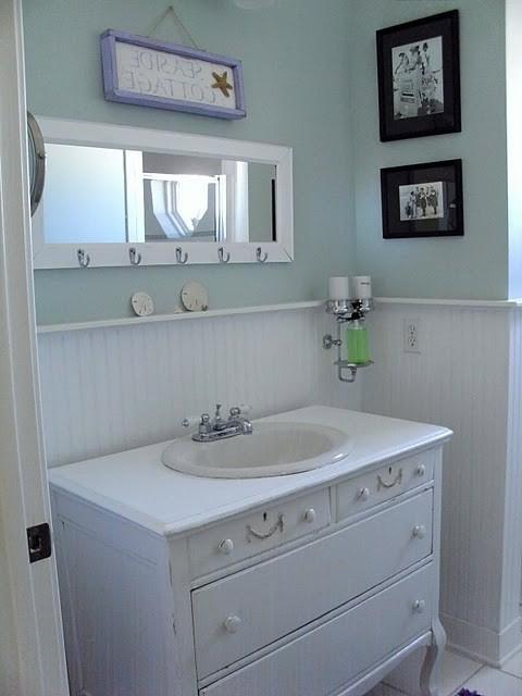 Photos of small beach house bathrooms for Beach cottage bathroom ideas