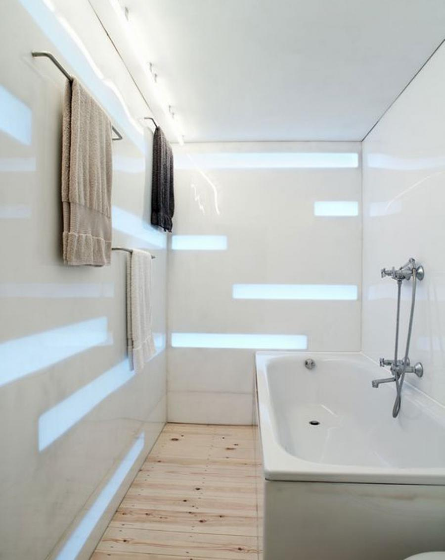 House Simple Bathroom Interiors