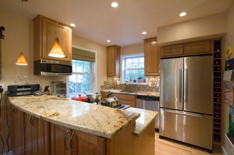 Photos of kitchen remodeling for small kitchens for Nice modern kitchens