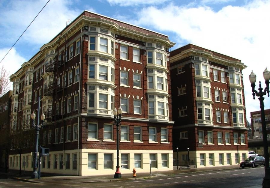 Brown Apartments - Portland Oregon.jpg