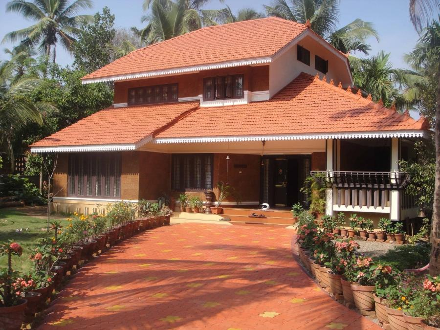Old traditional houses for sale in kerala photojpg dog for Old traditional houses