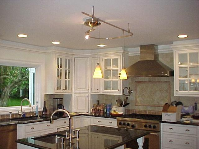 Monorail lighting over kitchen island u0026middot; Monorail track...