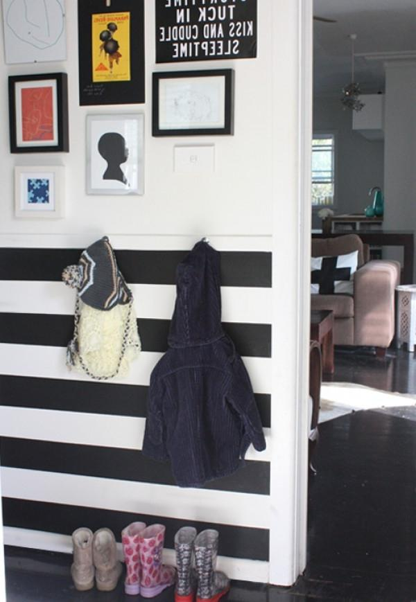 how to create an entryway in a small apartment