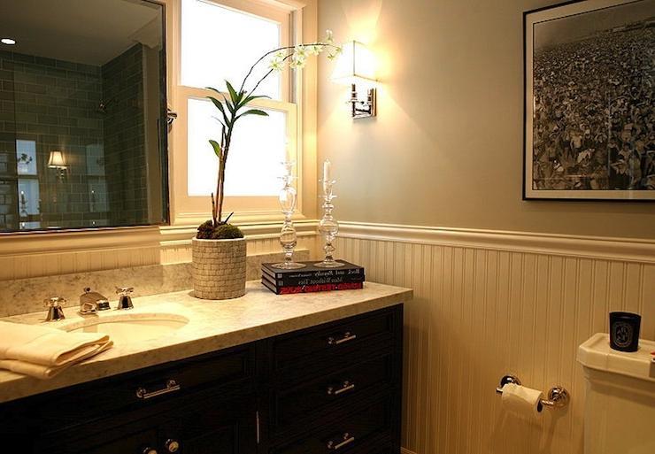 Photos of beadboard in bathrooms for Jeff lewis bathroom design ideas