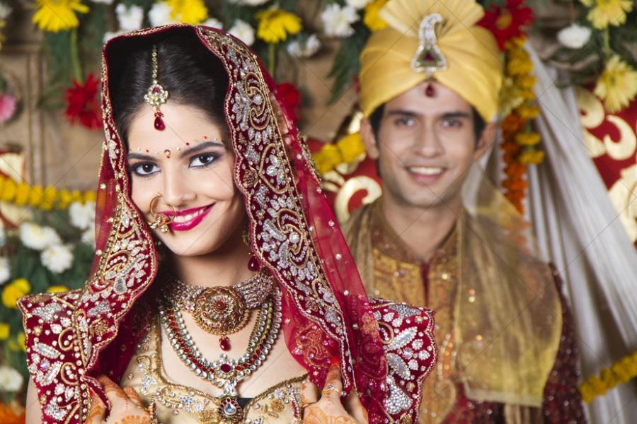 Beautiful Indian Bride And Groom Photos
