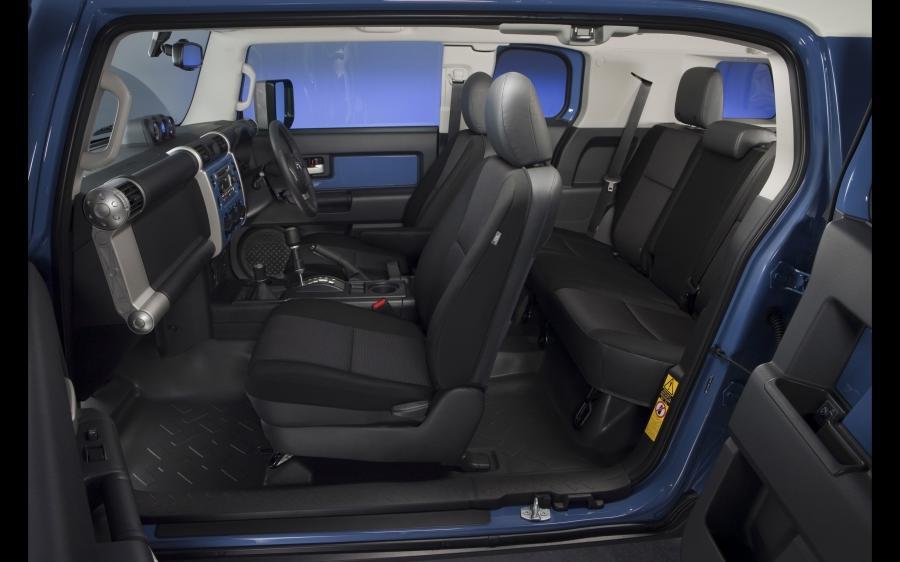 Toyota Fj Cruiser Interior Photo
