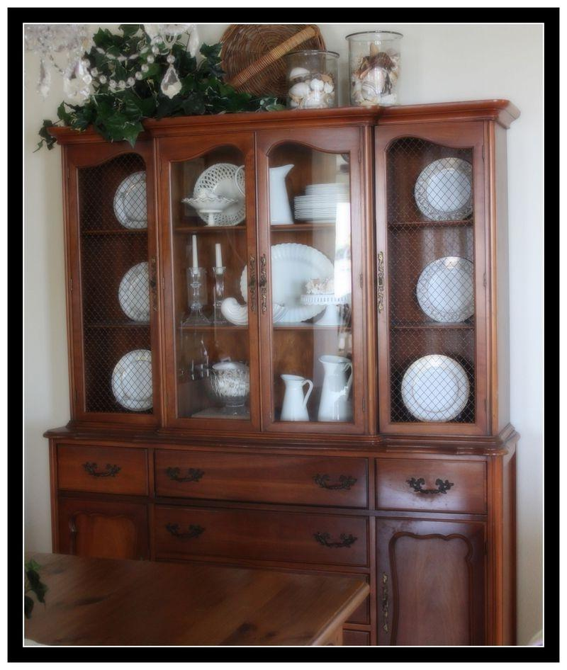 Photos Of China Cabinet Arrangements