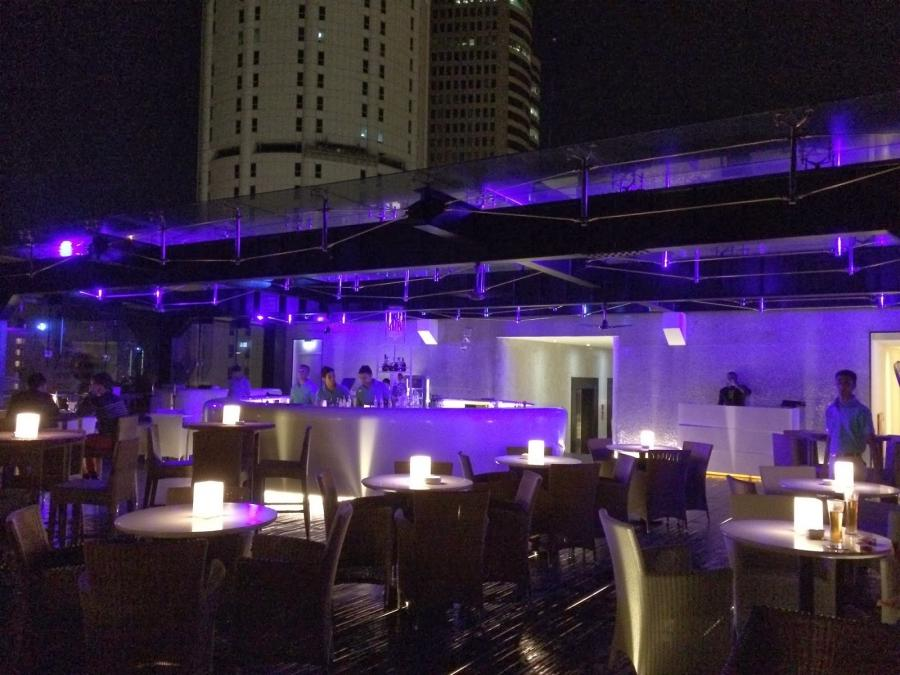 (The Sky Lounge at the Kingsbury Hotel on Galle Road. Yes, you...