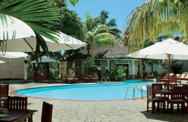 veranda-palmar-beach-hotel-mauritius-swimming-pool-2