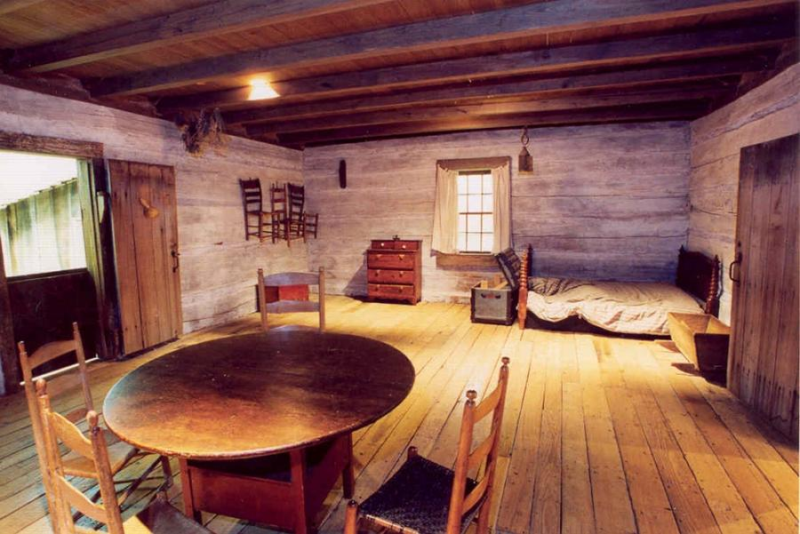 Old Time Log Cabin Interior Photos