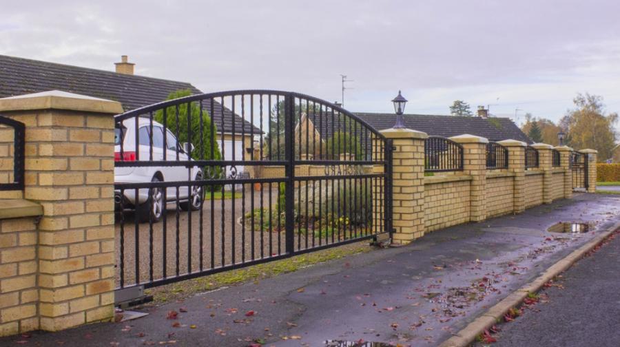 Boundary Gate Design Photo