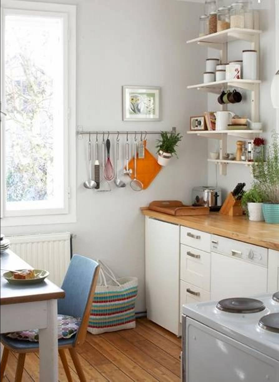 Beautiful small kitchen photos for Beautiful small kitchens