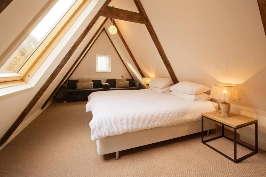 Hotel Interior : Bedroom Photos Multatuli Apartment. Attic...