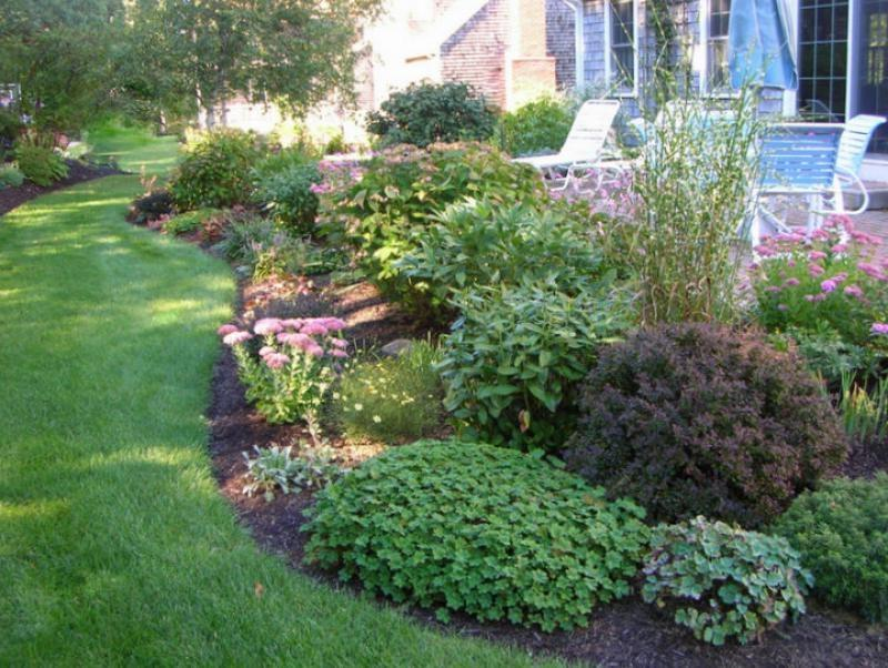 New england garden design photos for Latest garden design