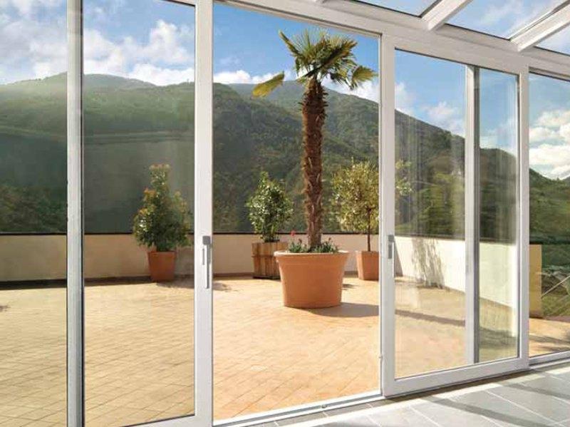 photo de veranda en pvc. Black Bedroom Furniture Sets. Home Design Ideas