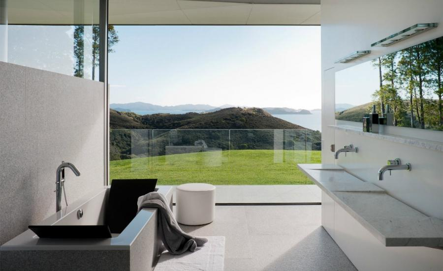 Bathroom interiors photography by by Earl Carter