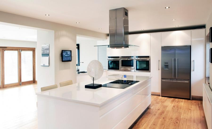 ... Handmade-Parapan-Gloss-Kitchens-in-Weybridge ...