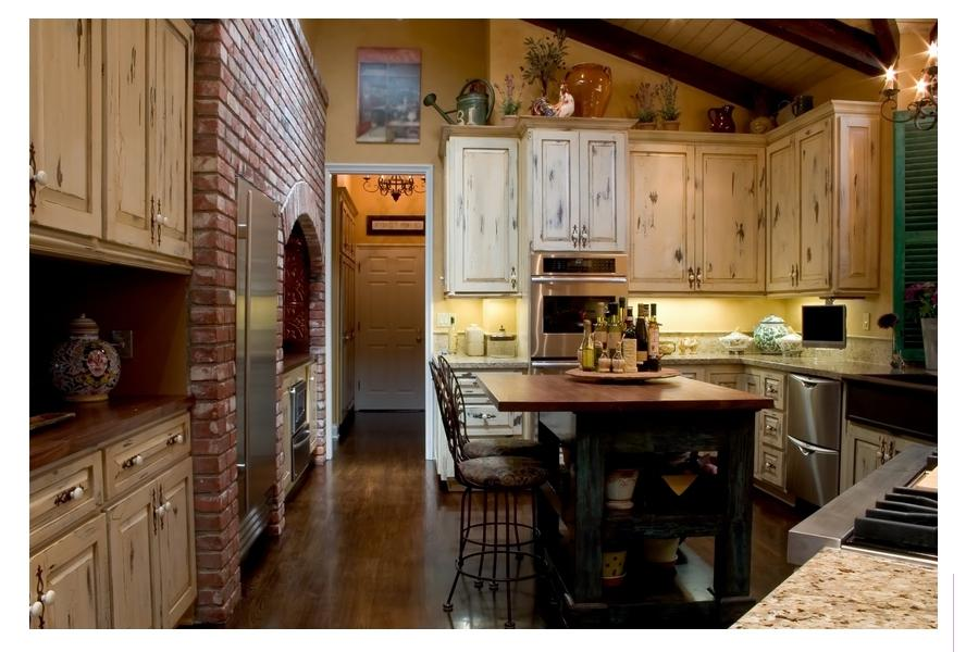 French country kitchens designs photos for Classic country kitchen designs