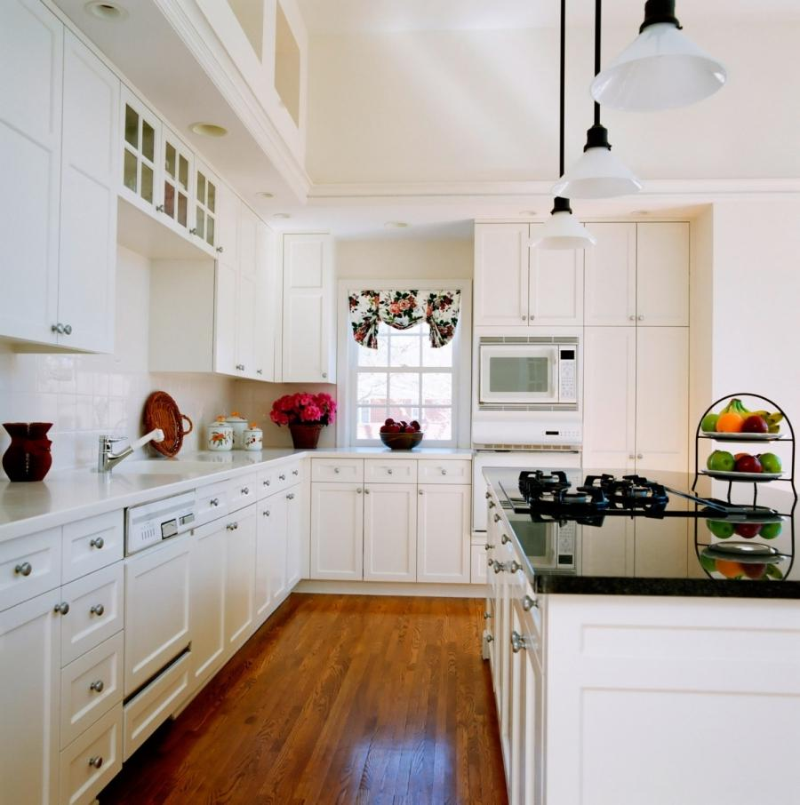 Cool French Provincial Kitchen Design Idea in White Decoration
