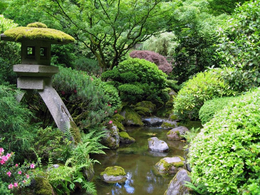 File:Portland Japanese garden creek.jpg