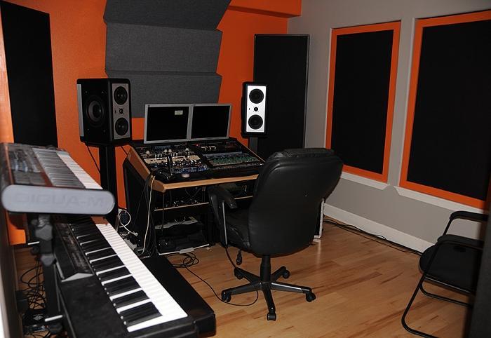 Small recording studio design studio 28 images small for Small recording studio plans