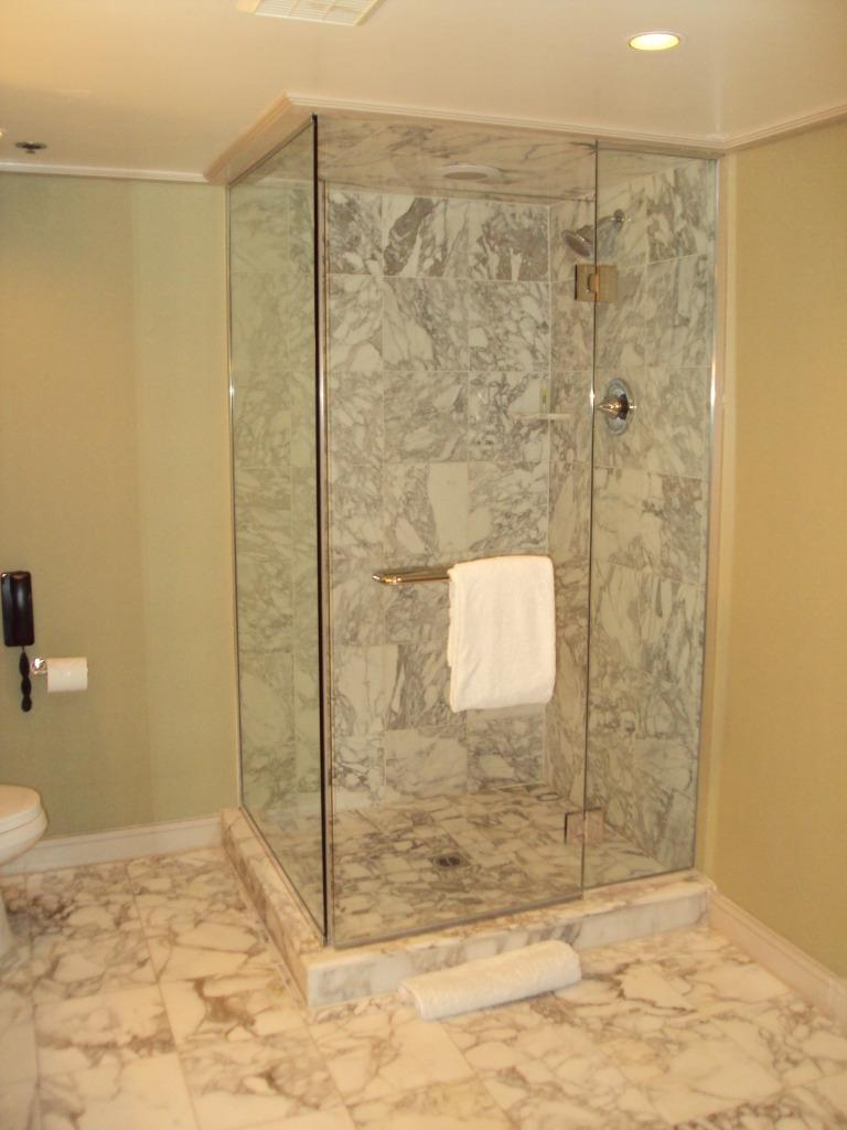 Photos of remodeled bathrooms with walk in showers for Fast bathroom remodel