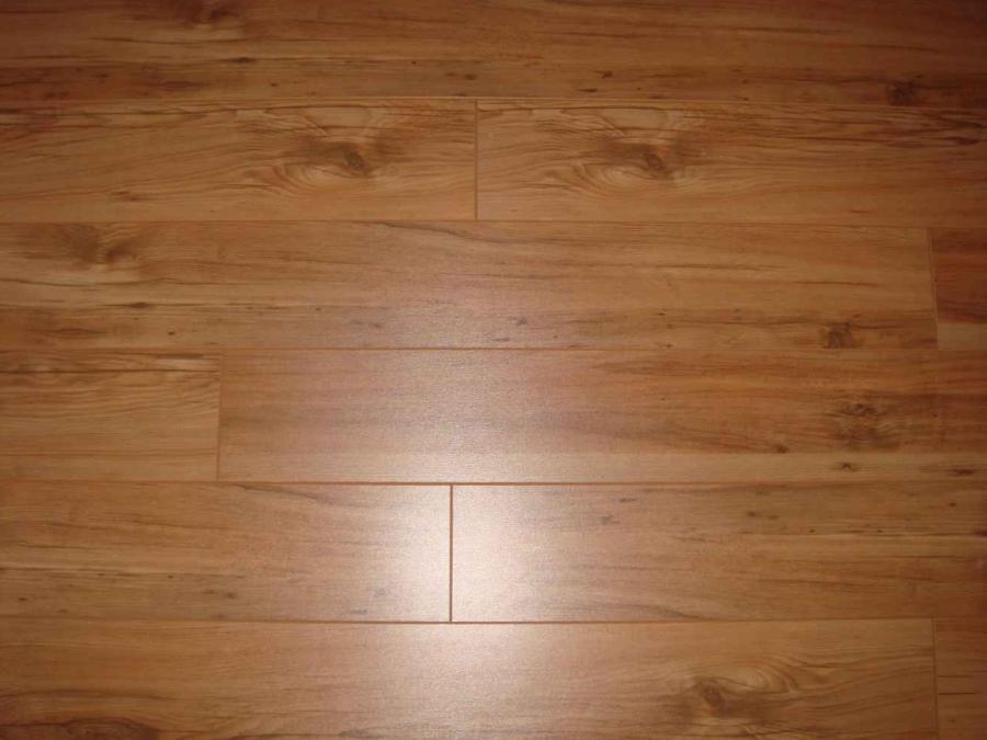 Tile floor looks like hardwood
